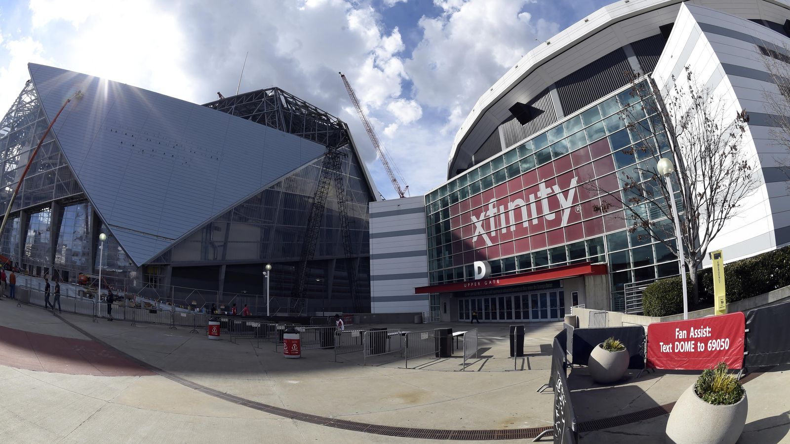 Mercedes benz stadium is getting beautifully close to for Mercedes benz dome in atlanta