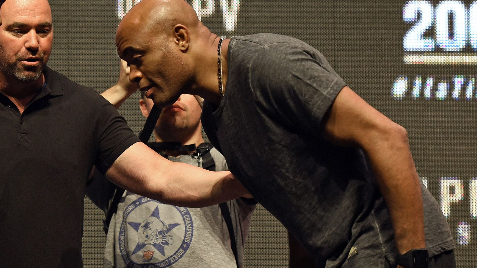 Dana White fires back at Anderson Silva as 'Spider' squawks about UFC mistreatment