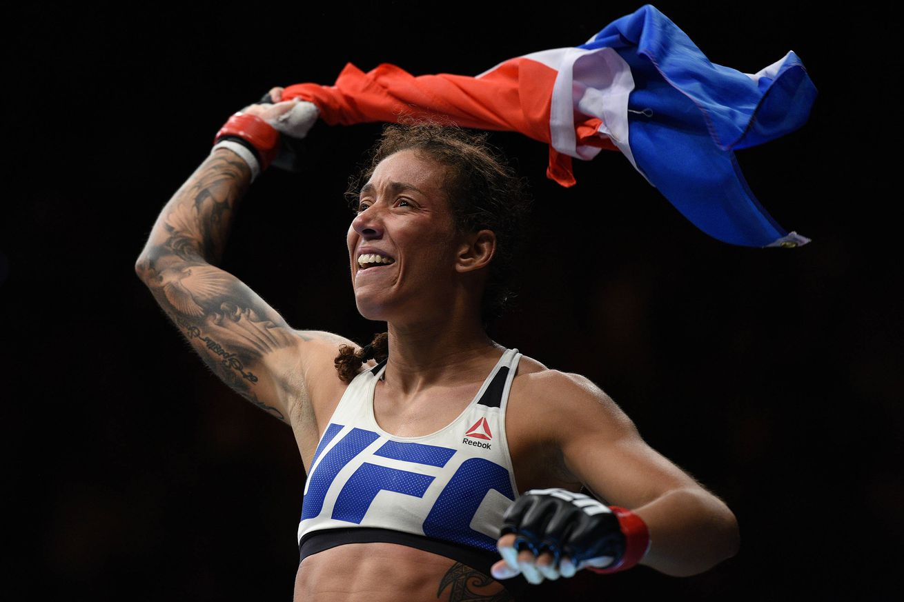community news, Keys to Victory! Who will win Holly Holm vs. Germaine de Randamie UFC 208 main event fight tonight