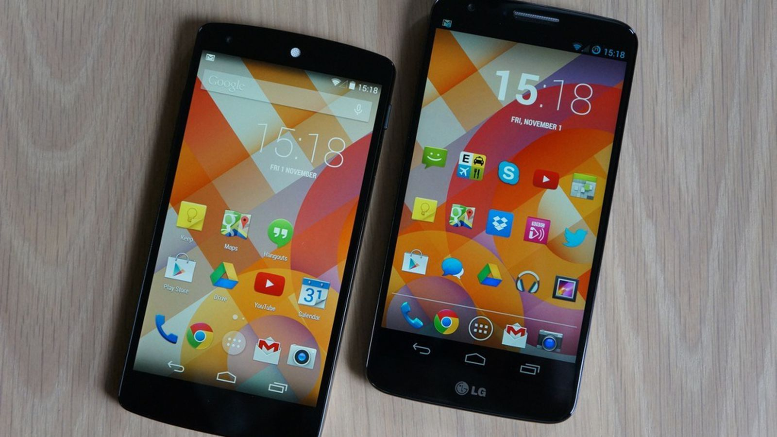 Nexus 5 vs. LG G2: see the difference