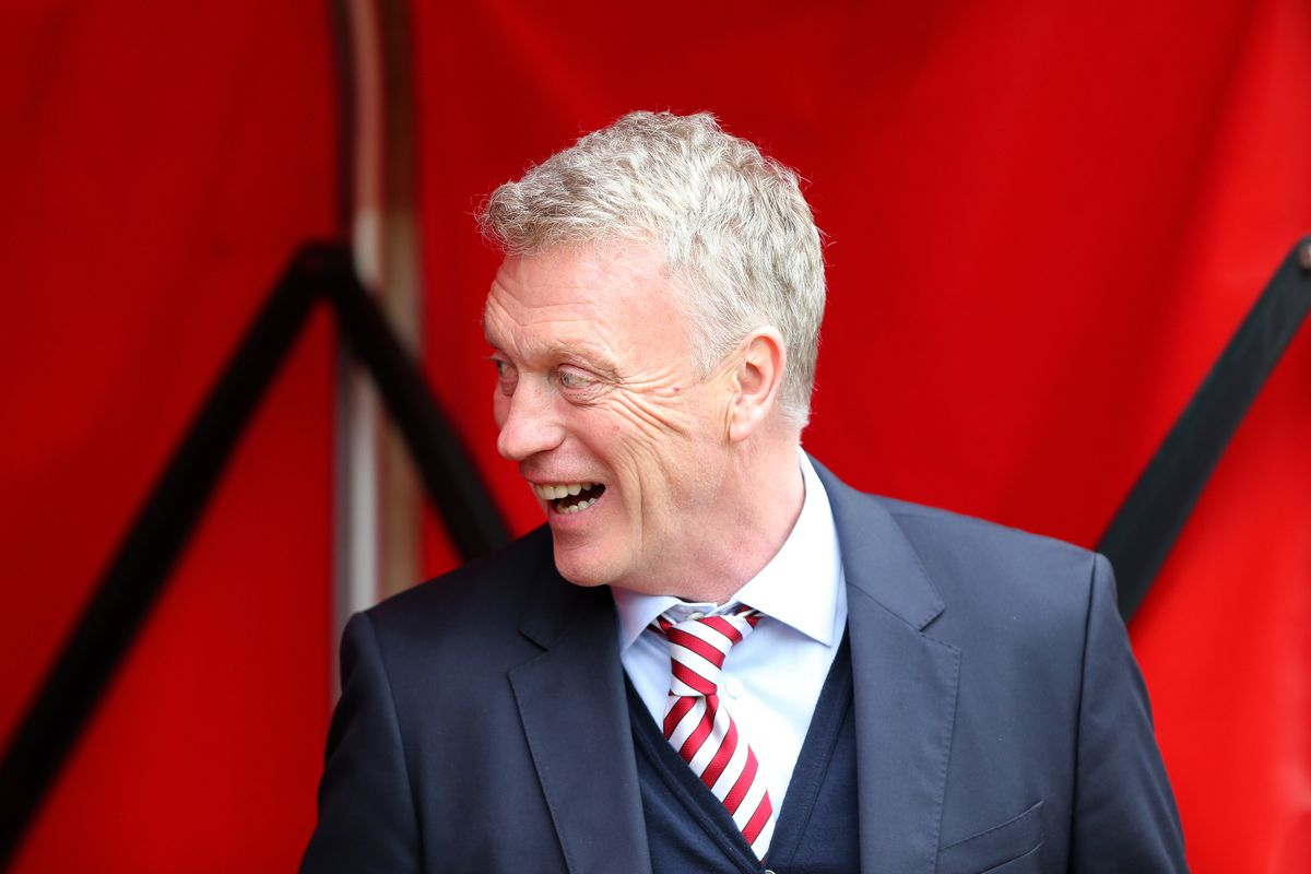 Moyes confirms he will stay on as Sunderland manager