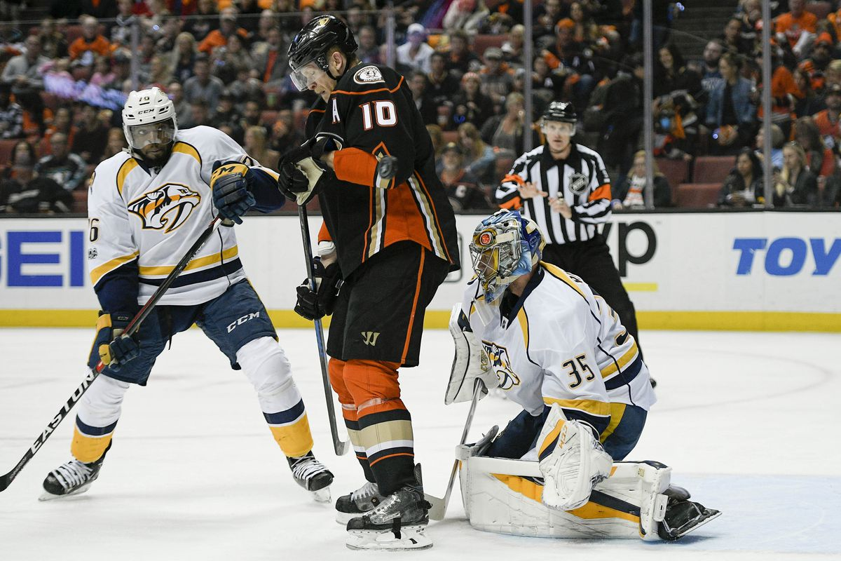 Predators wear down Gibson, Ducks