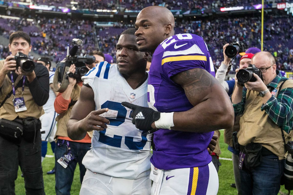Adrian Peterson Reportedly Will Visit with Patriots