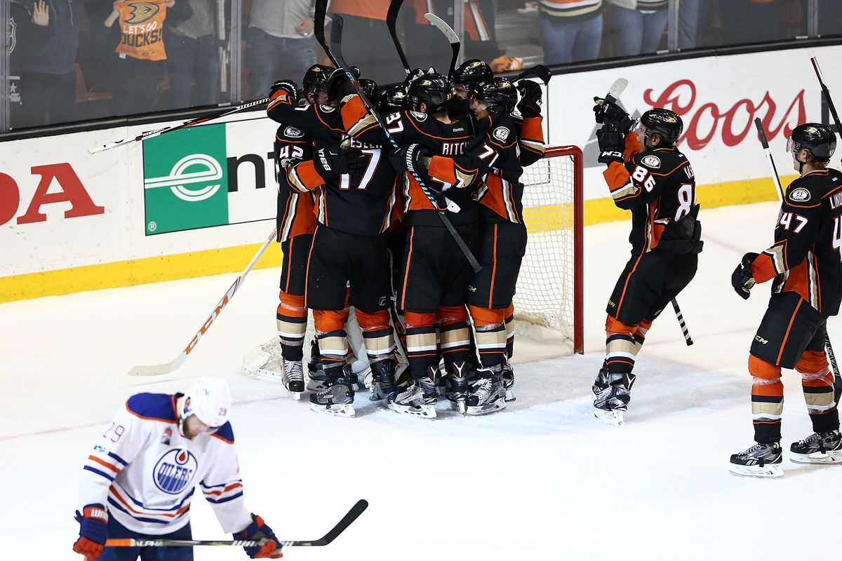 Ducks sneak past Oilers in Game 7