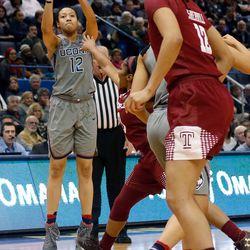 Temple Owls vs UConn Women's Basketball