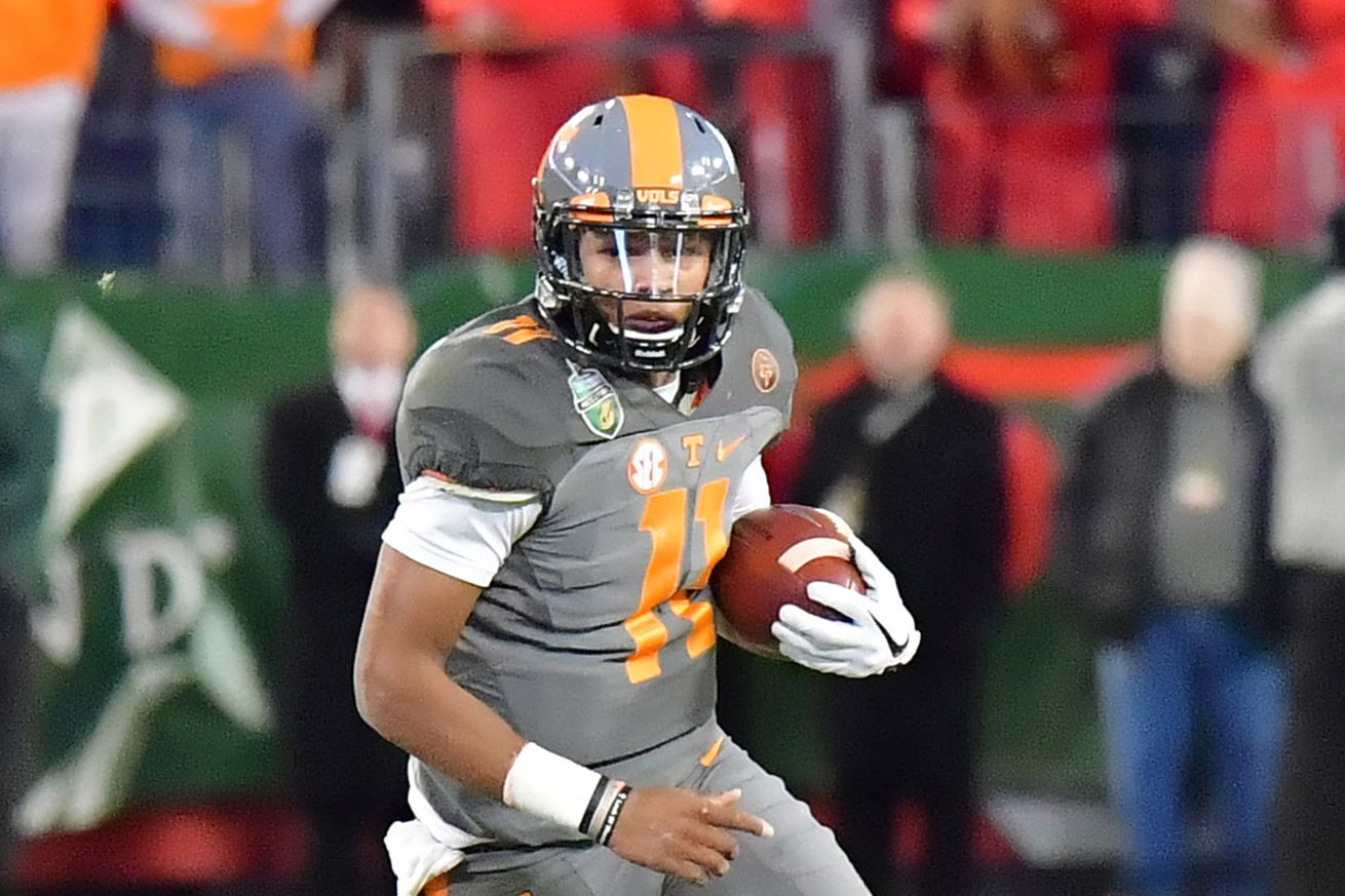 Steelers sign 4th round pick QB Josh Dobbs, leaves only two unsigned
