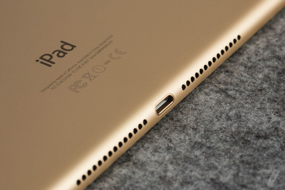 Apple might replace your damaged iPad 4 with an iPad Air 2