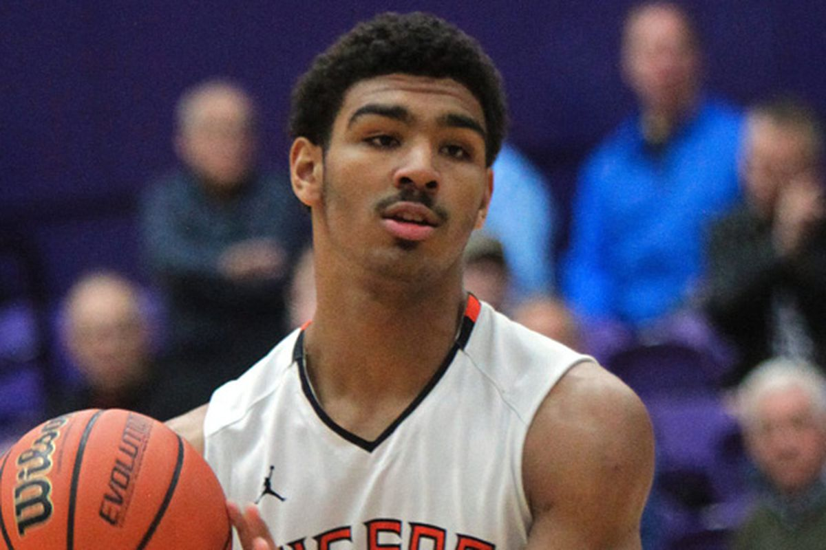 Recent Kentucky basketball target Mark Smith commits to IL