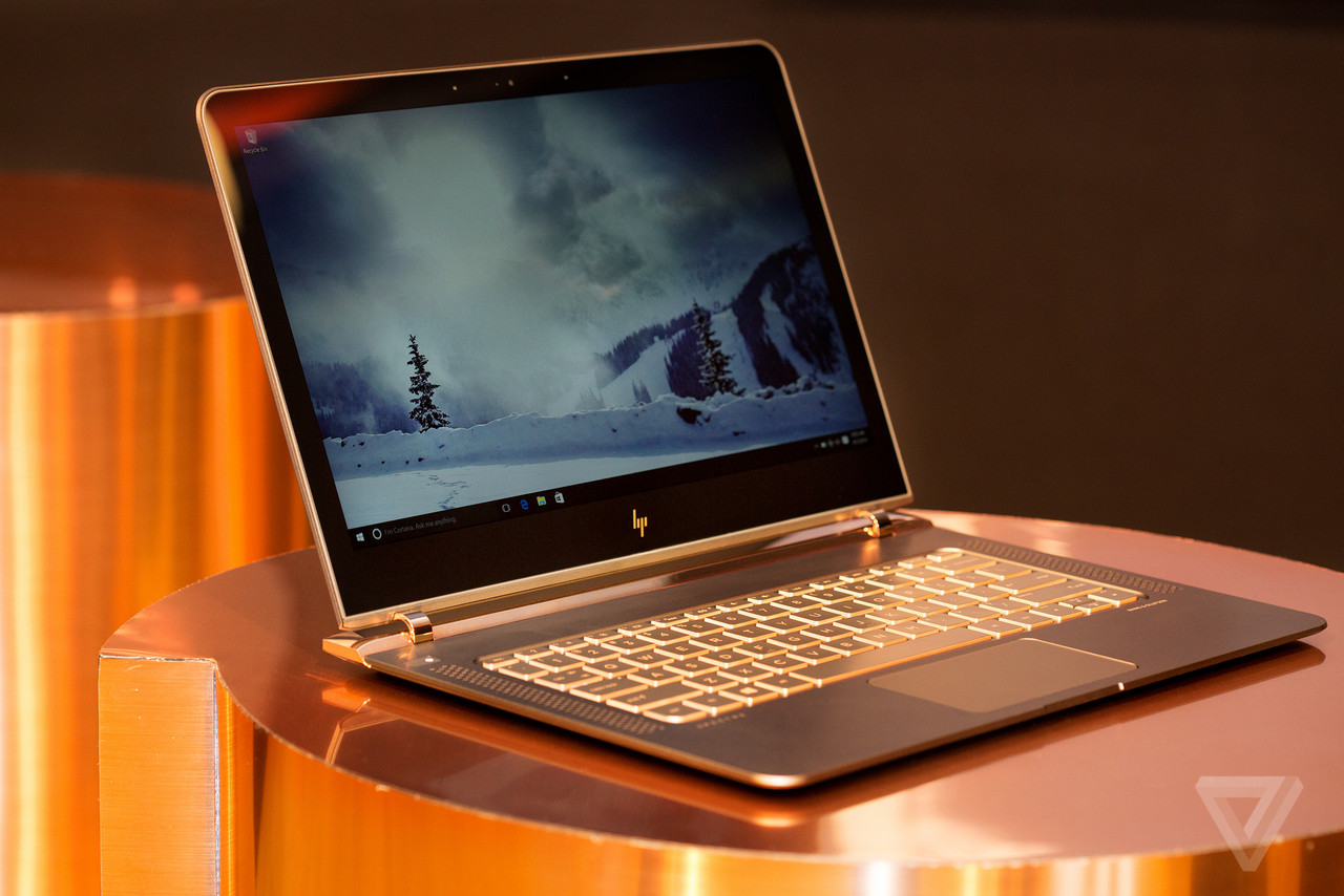 Mossberg: HP aims at the Mac with super-slim laptop
