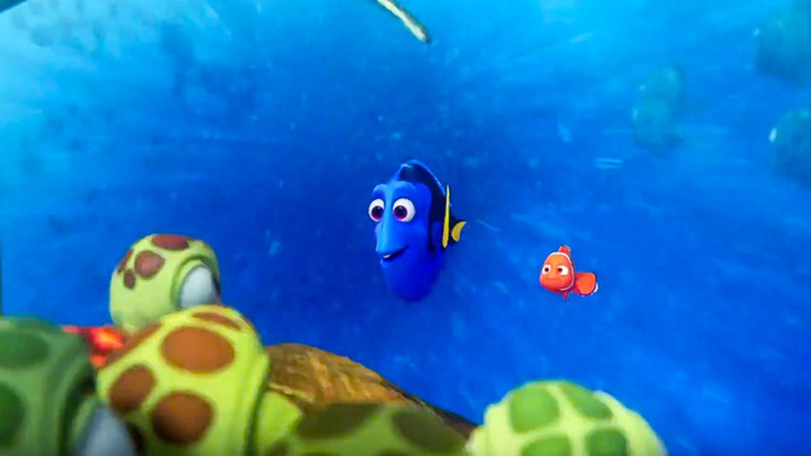 Finding Nemo Crew Reunite With Crush In New Clip From Dory Marlon