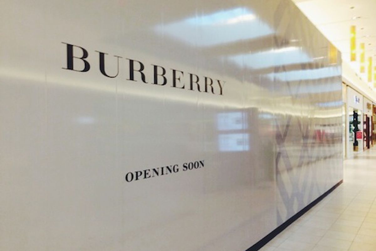 burnerry outlet 3ht8  Photo: Courtesy of the Fashion Outlets of Chicago Burberry's