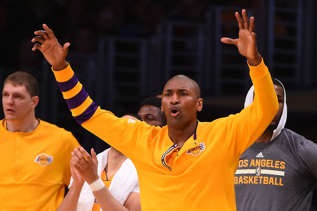 Metta scores 18 in possible farewell, Lakers top Pels 108-96