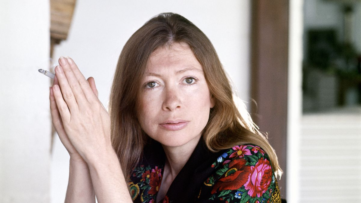why joan didion writes so much about clothes  why joan didion writes so much about clothes