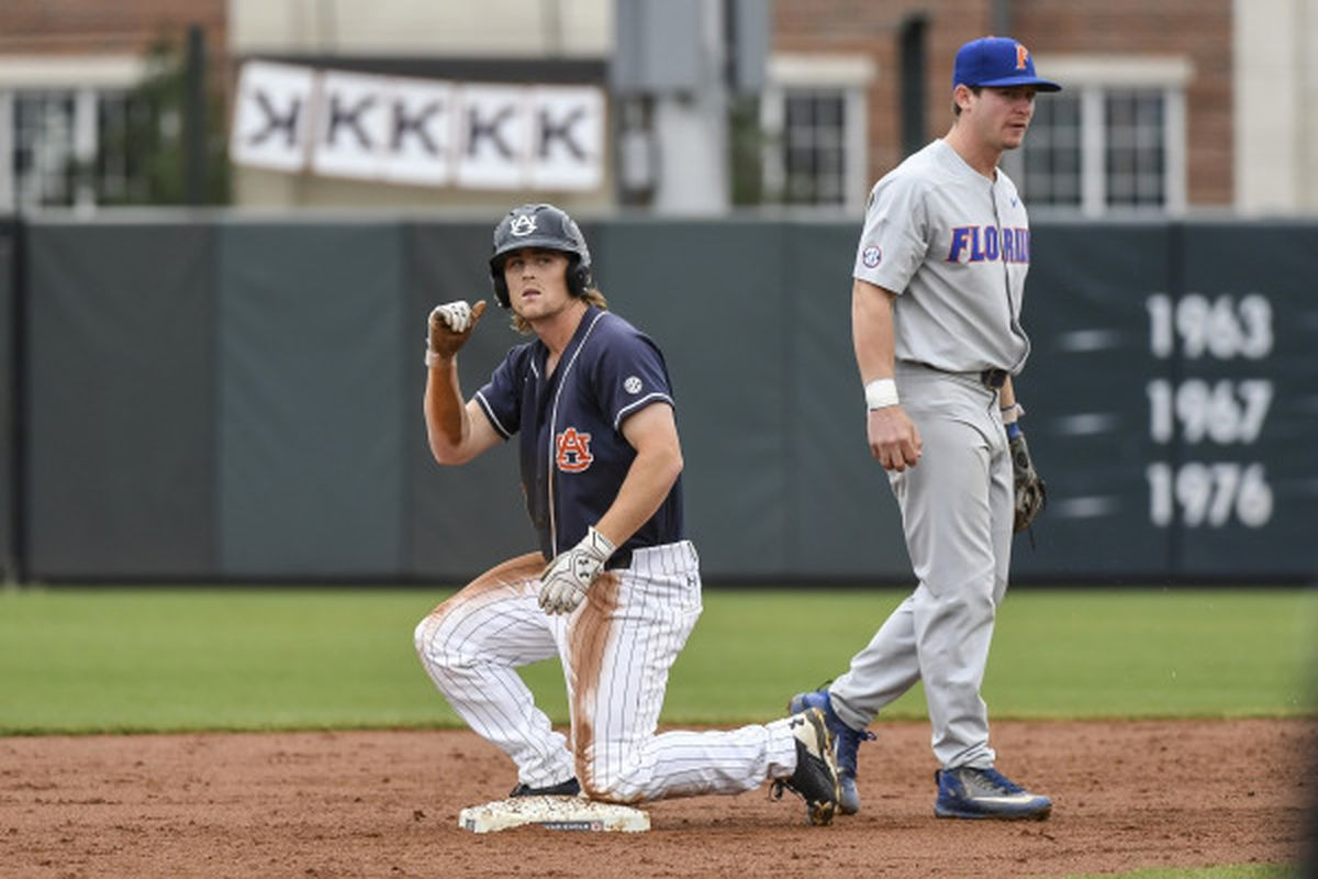 Auburn takes opener from Ole Miss