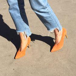 """Jennie-Ellen <a href=""""https://tictail.com/s/jennieellen/pinch-me-orange"""">Pinch Me Heels</a>, $64"""