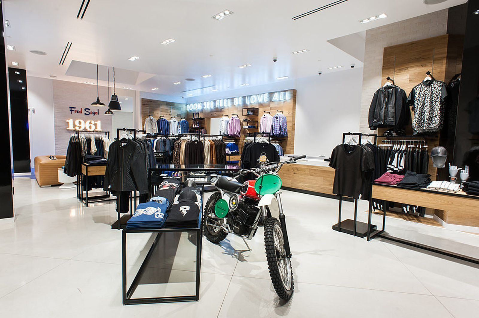 Where The Guys Can Shop At Sls Las Vegas Fred Segal He