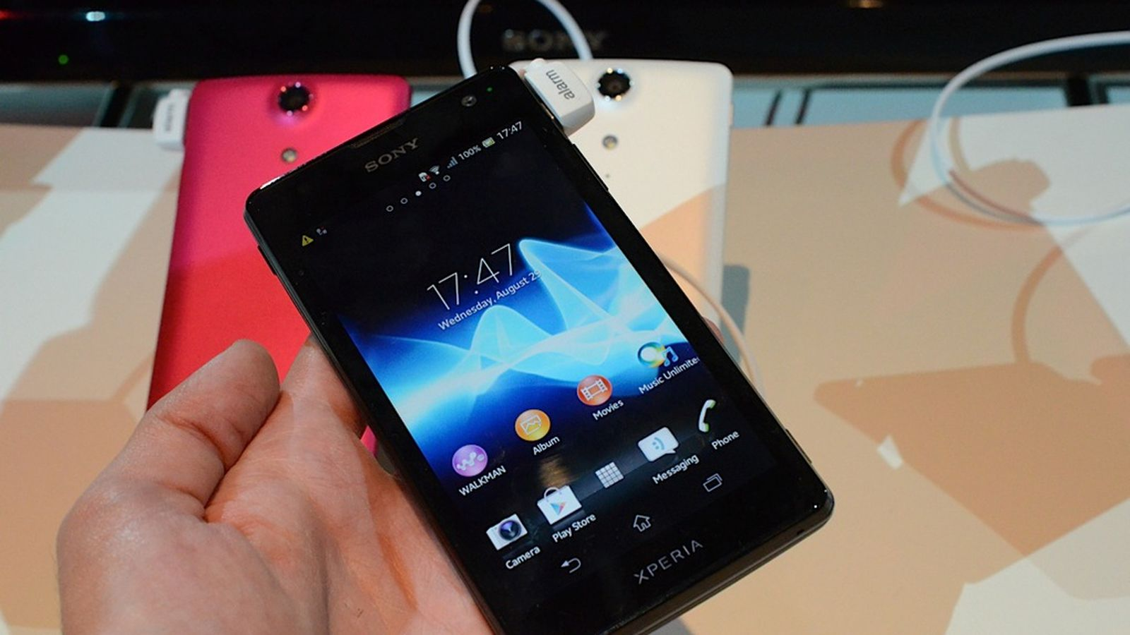 Miracast streaming coming to Sony's Xperia T and TX this ...