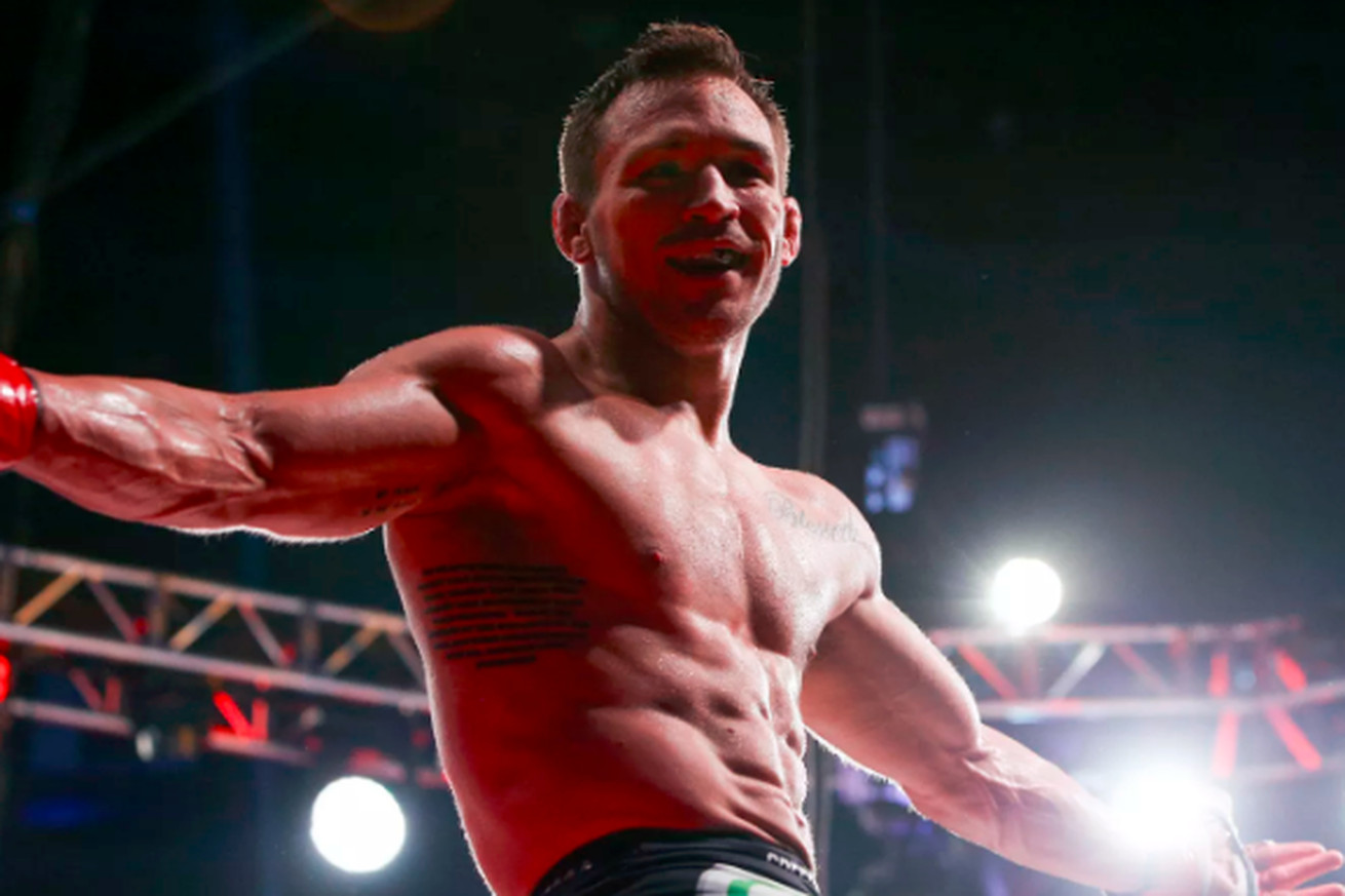 community news, Watch Michael Chandler outlast Benson Henderson in instant classic last night at Bellator 165