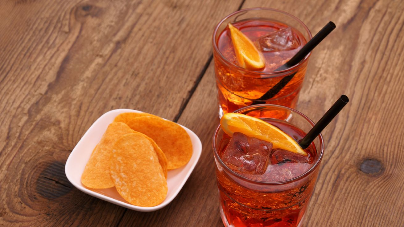 How the aperol spritz became italy 39 s favorite cocktail eater for Cocktail spritz