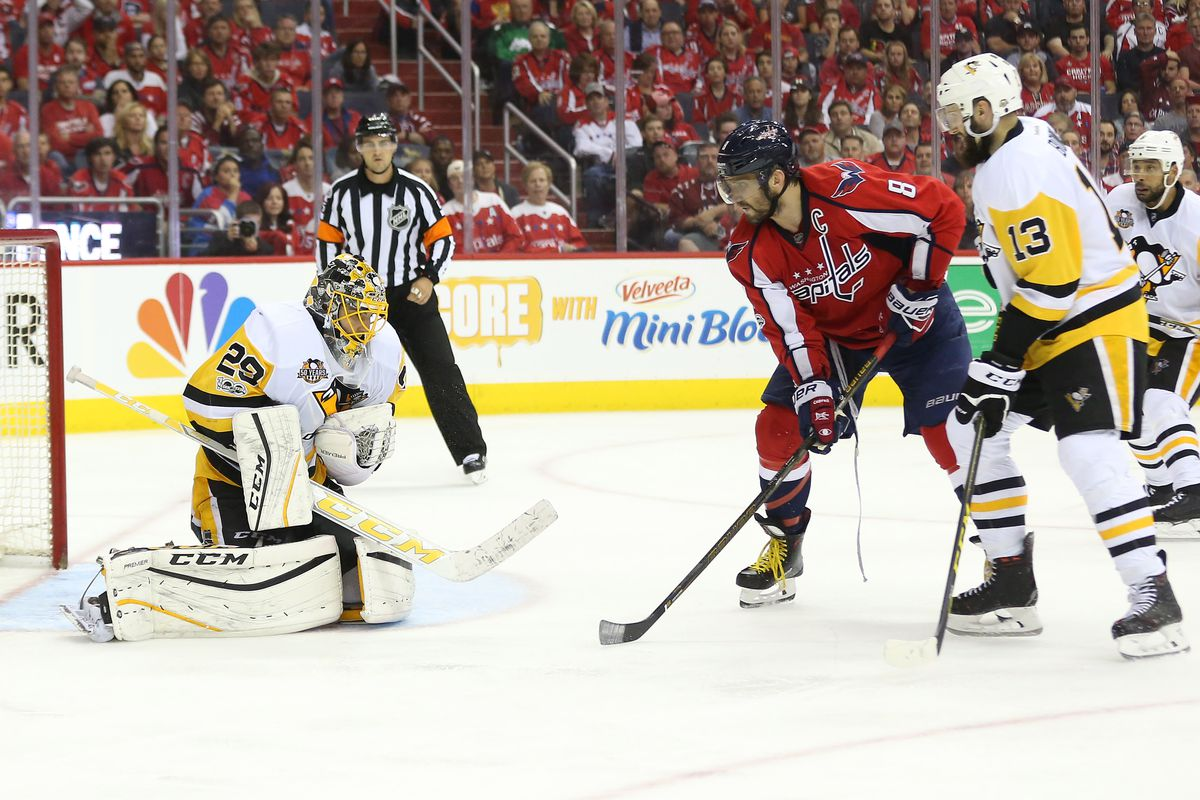Capitals rally past Penguins in Game 5 to avoid elimination