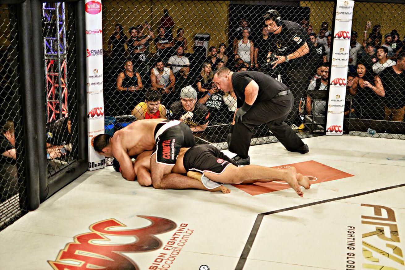 Rodolfo Vieira makes successful MMA debut