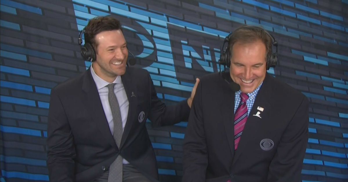 Tony Romo Isn T Just Better Than Phil Simms He S A Really