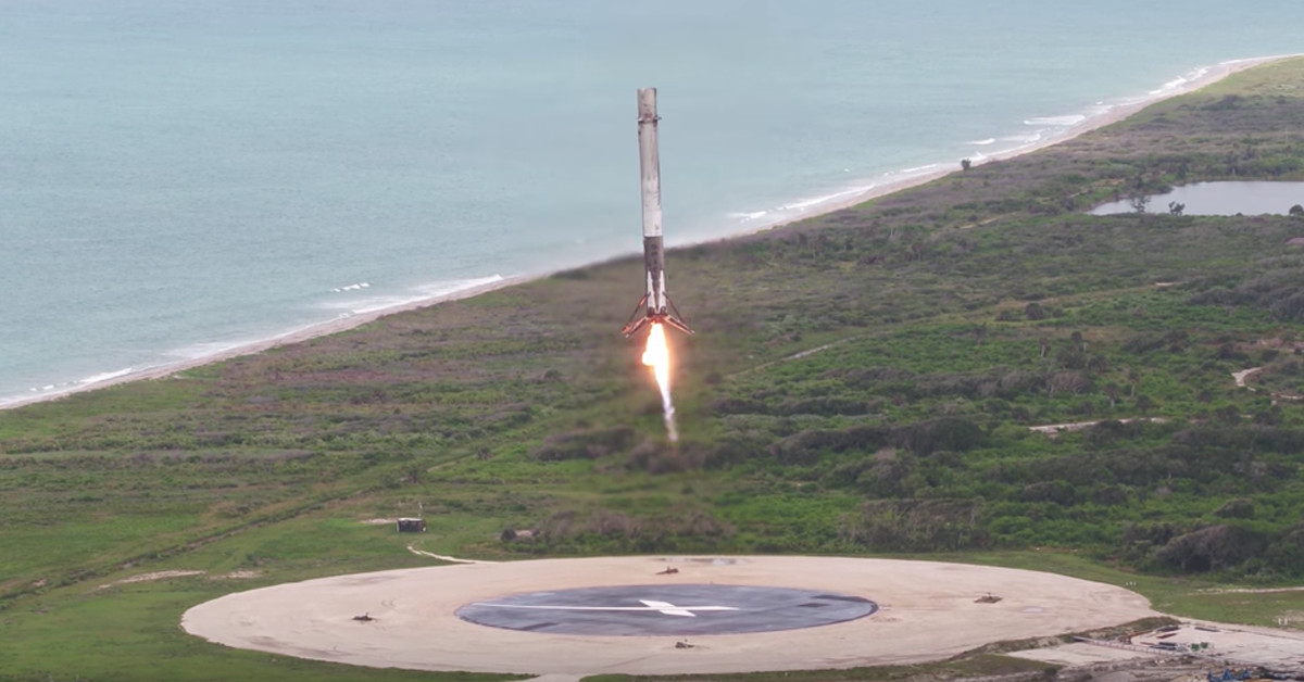 Watch SpaceX's most recent beachside rocket landing in 4K