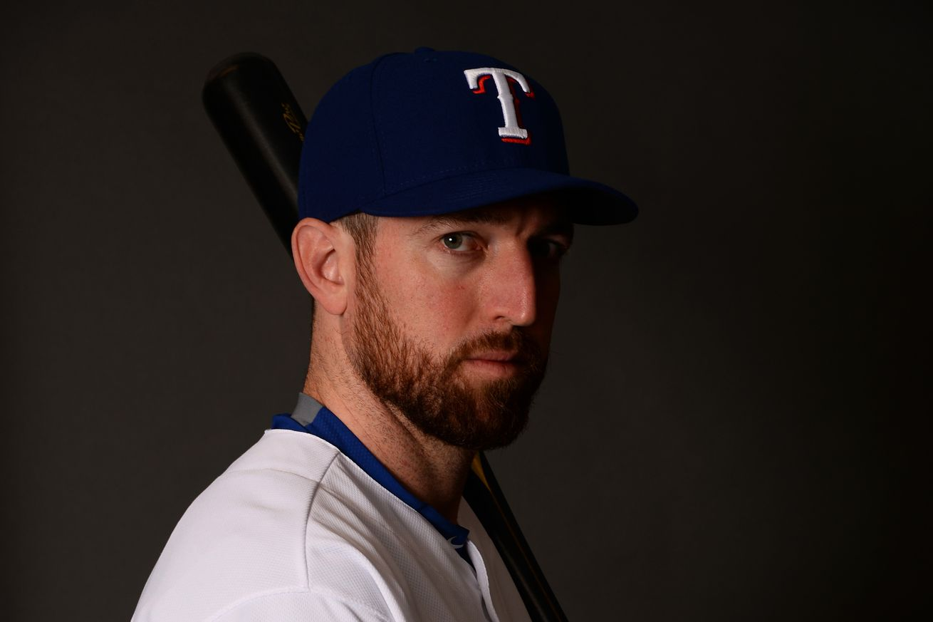 Yankees to sign Ike Davis