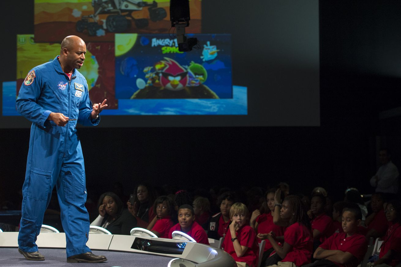 Cutting NASA's education funding will hurt workforce, senators argue in open letter