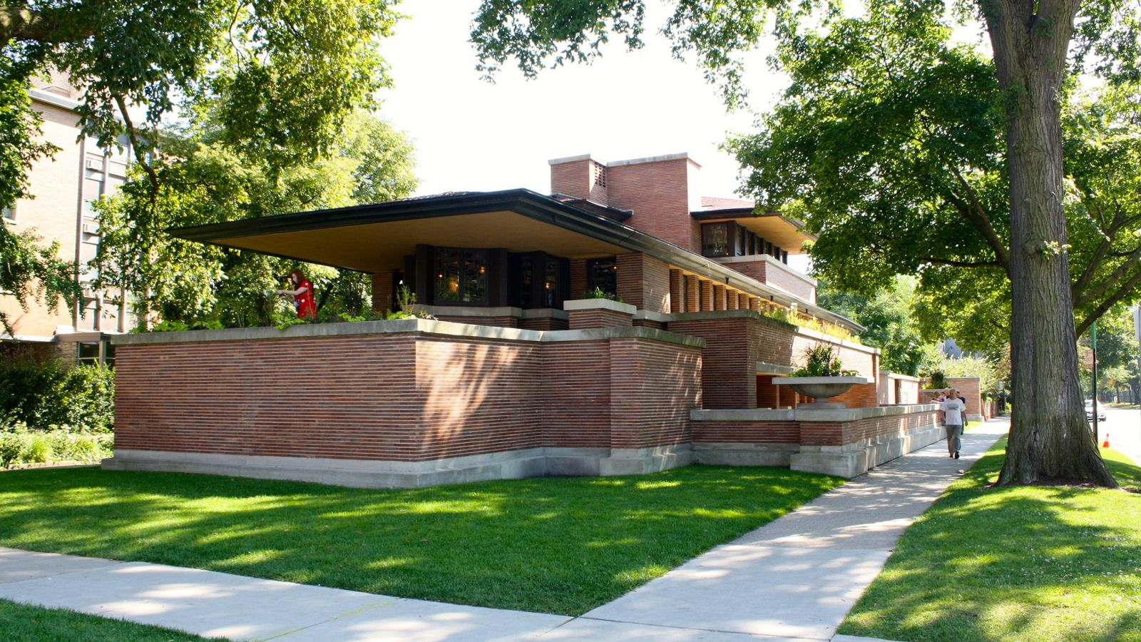 Happy Hours Returning Once Again To Frank Lloyd Wrights