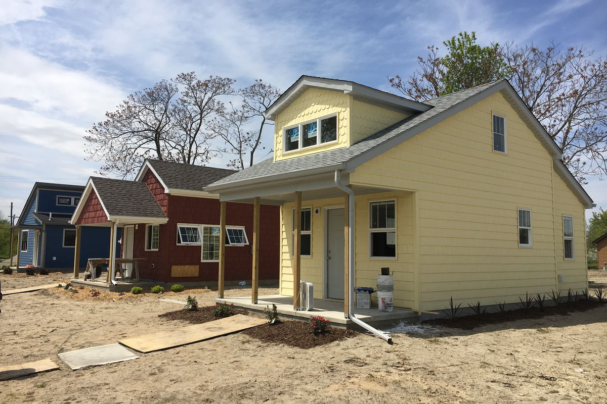Tour the tiny home community in detroit curbed detroit for Small house plans michigan