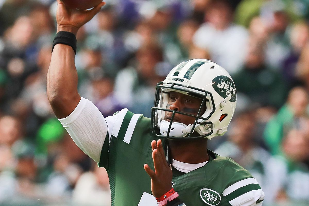 Geno Smith Visiting Giants Today