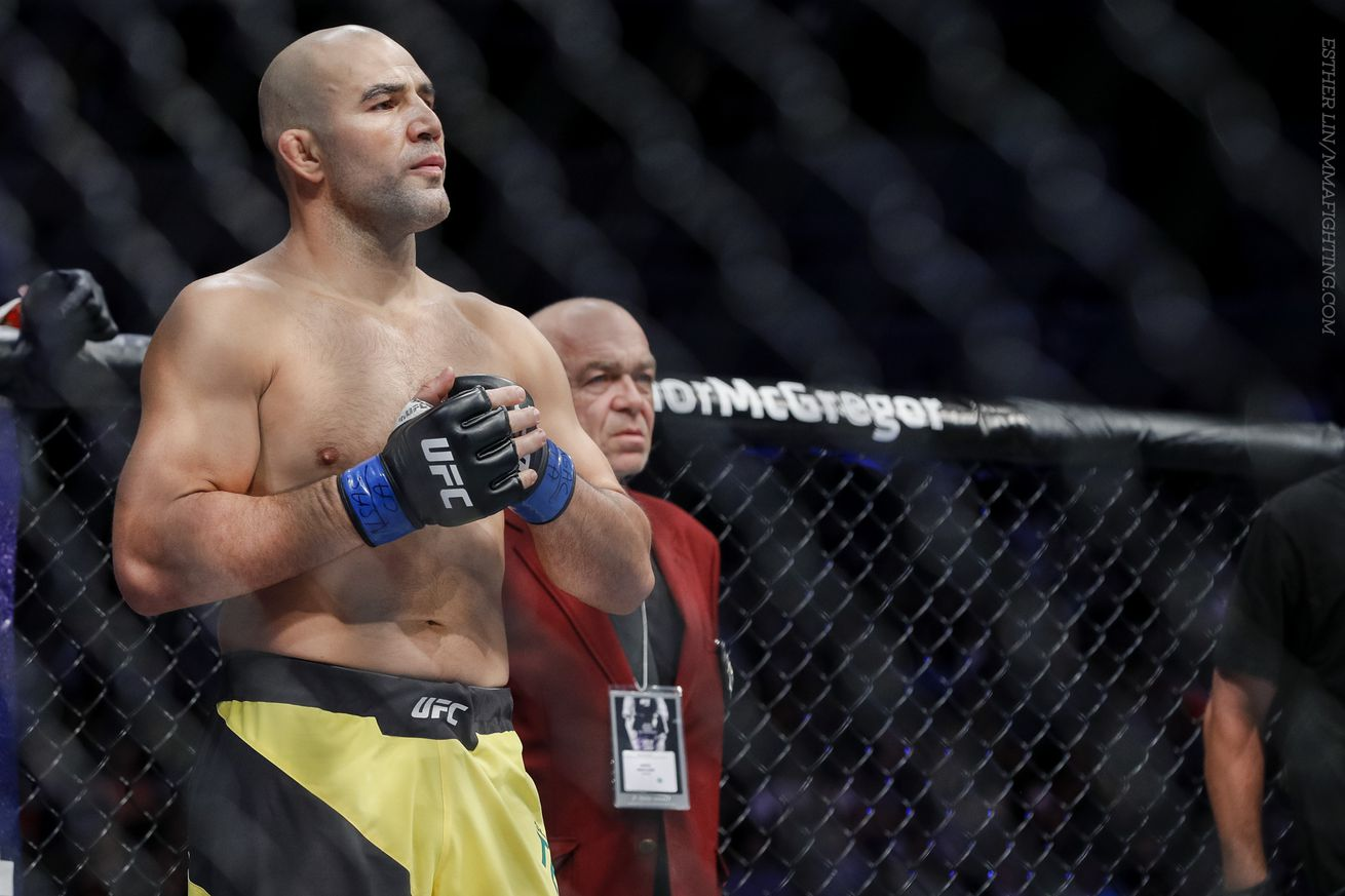 Glover Teixeira says Anthony Johnson loss is water under the bridge ahead of UFC 208