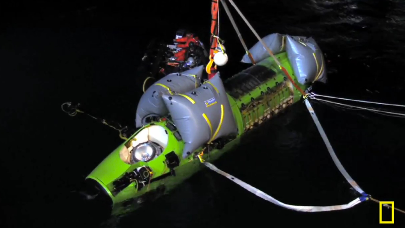 James Cameron Makes First Solo Voyage To The Mariana Trench The Ocean S Deepest Point The Verge