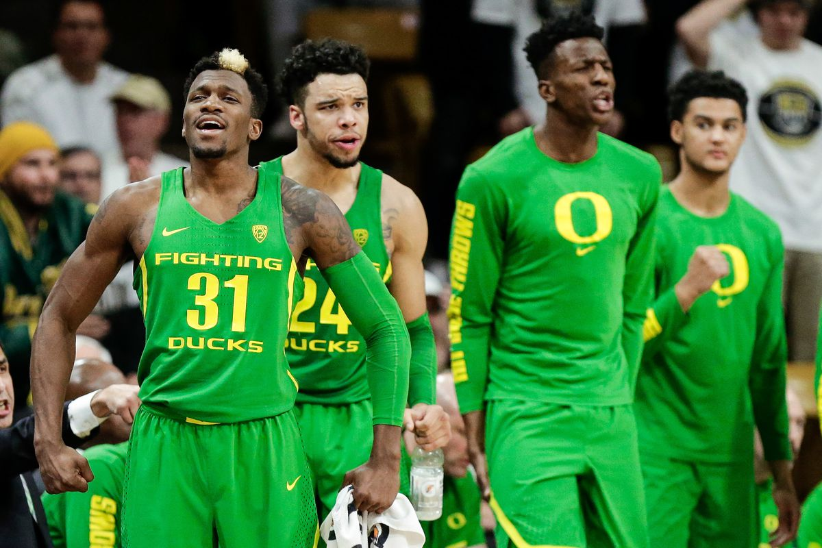 Tyler Dorsey Hits Two Clutch Threes To Lift Oregon Past Rhode Island