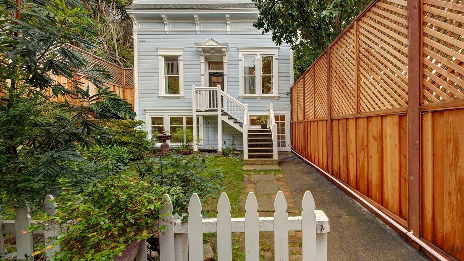 Corona Heights White Picket Fence Charmer Asks 1 5 Million Curbed SF