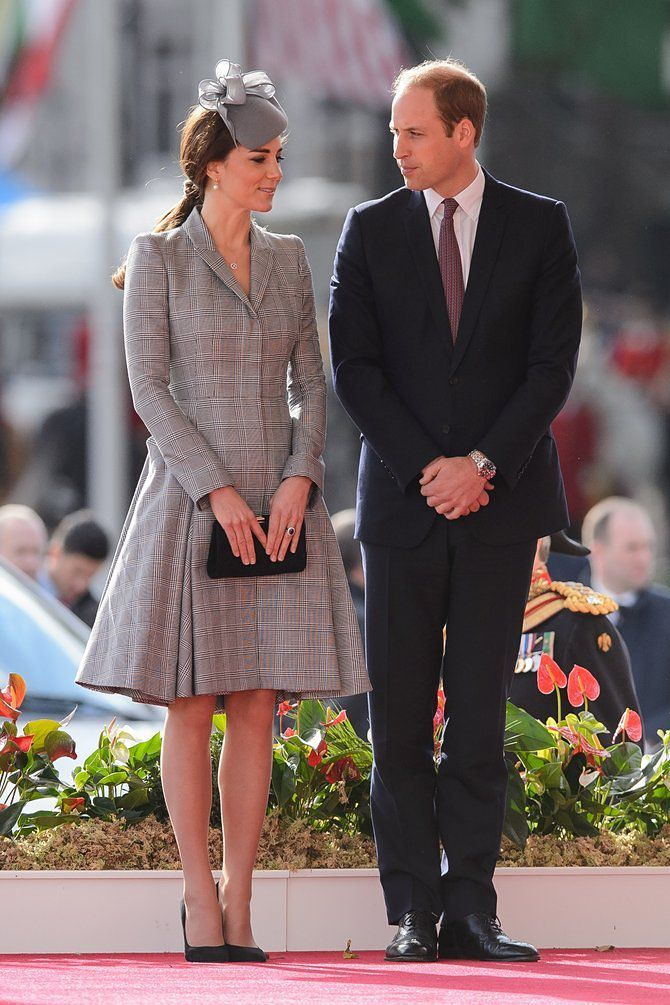 Kate Middleton 39 S Relatively Bumpless Pregnancy Style Returns Racked