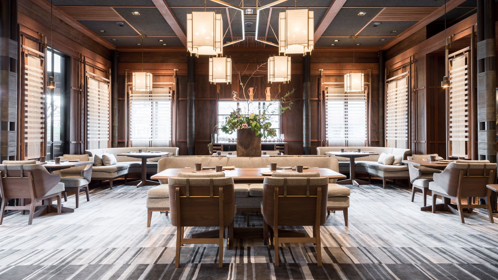 The restaurant that proves the best dining room is a for Living 3000 shop