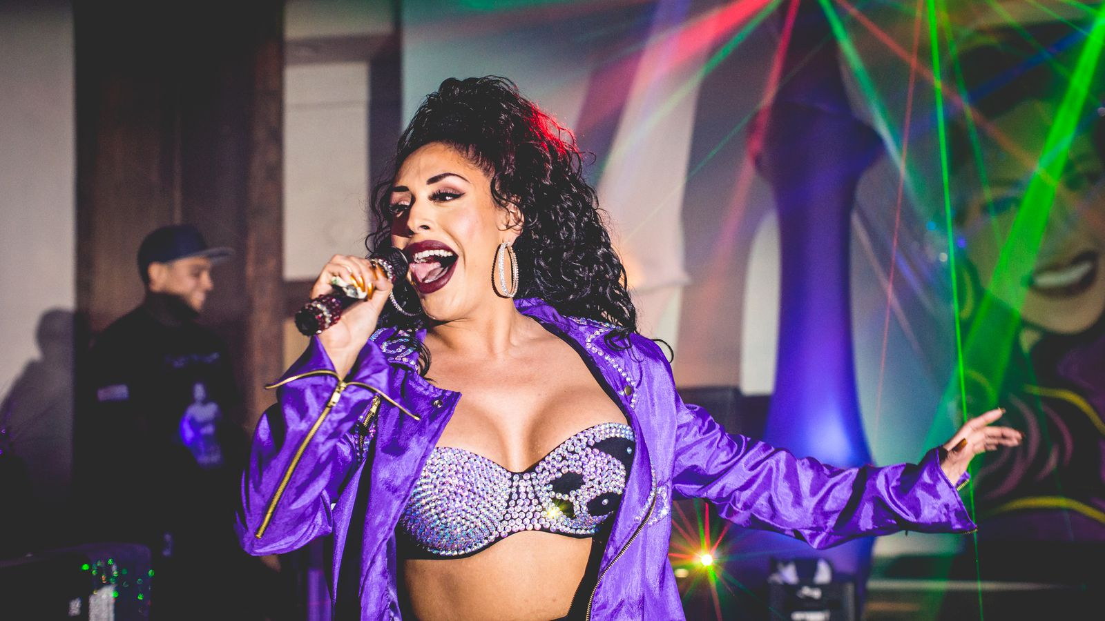 The Cult Of Selena And The Fiesta De La Flor Festival Racked