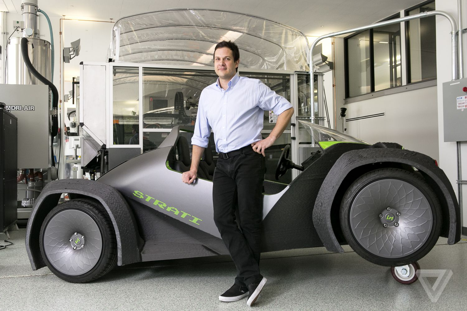 This Autonomous 3d Printed Bus Starts Giving Rides In