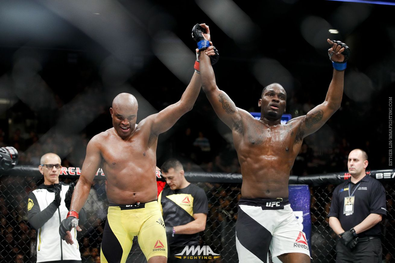 community news, Derek Brunson says judges were 'in awe' of Anderson Silva: 'There's no way he won that fight'