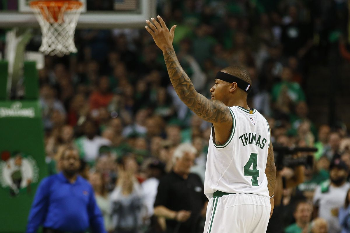Isaiah Thomas loses tooth but Celtics win Game 1