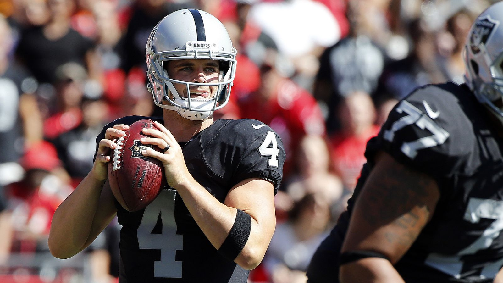 Derek Carr Wouldn T Let The Raiders Lose To The Buccaneers