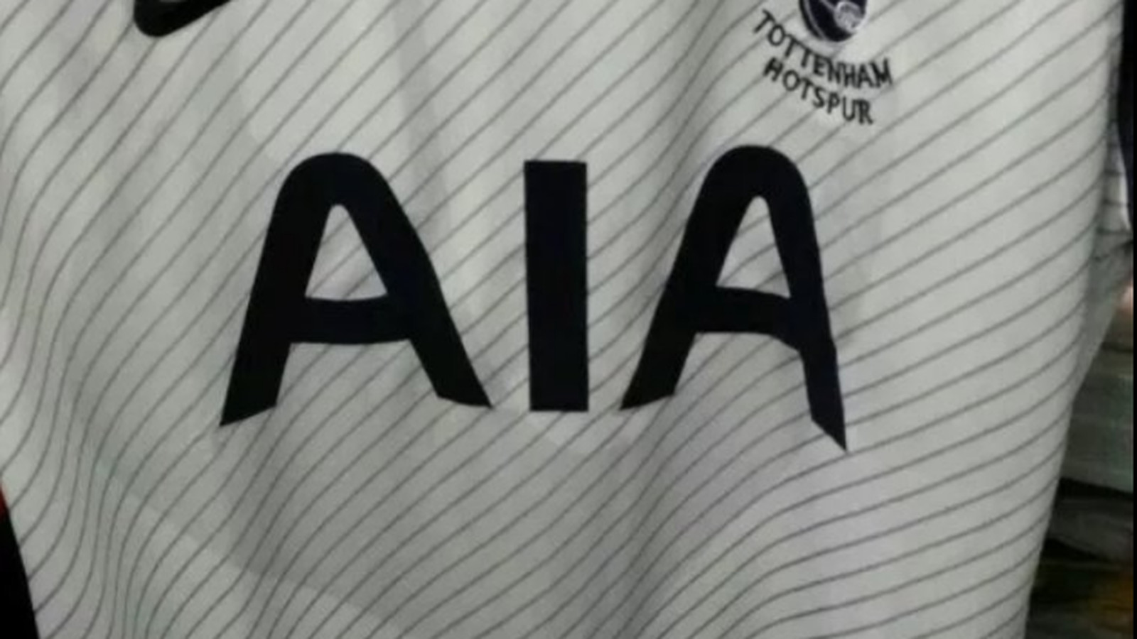 Spurs_new_kit.0