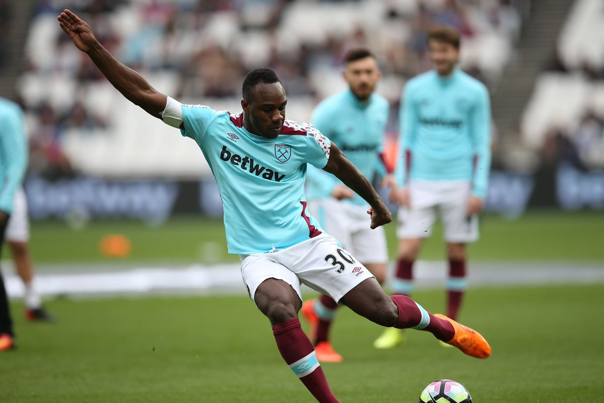 Slaven Bilic: Michail Antonio will be offered new West Ham contract