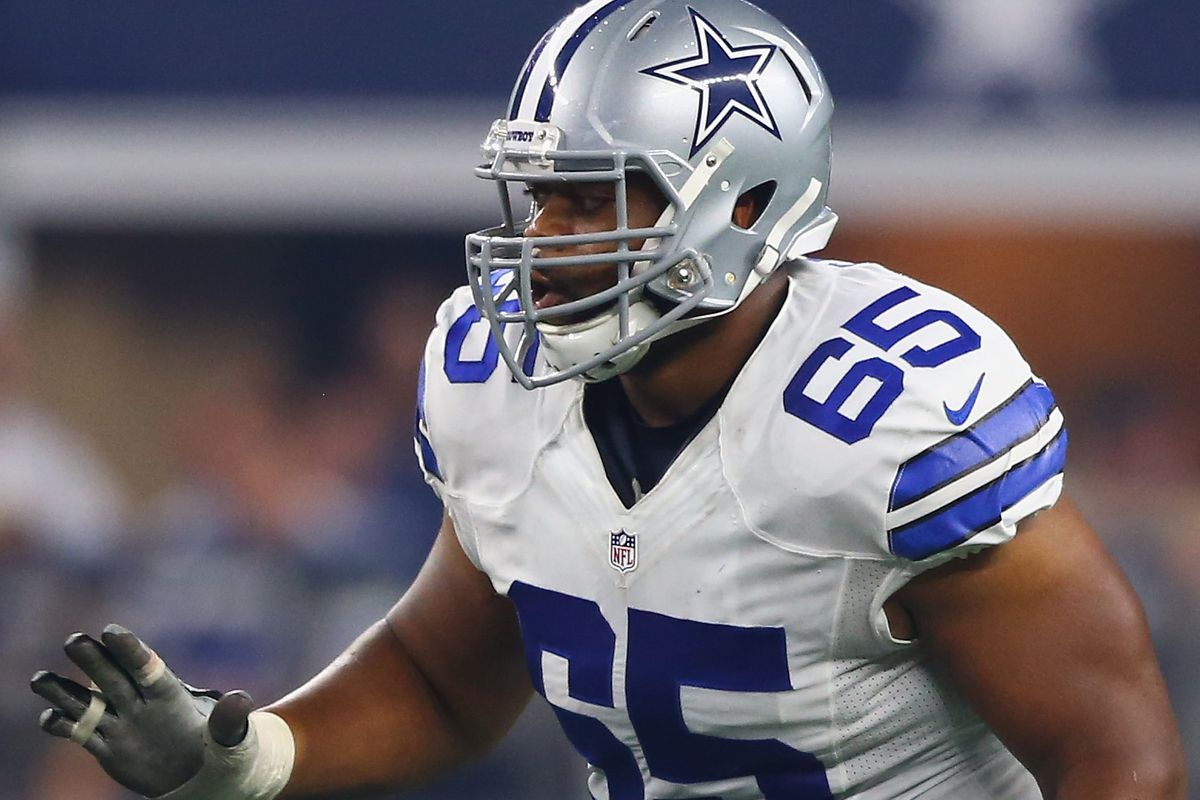 Denver Broncos sign ex-Dallas Cowboys guard Ronald Leary