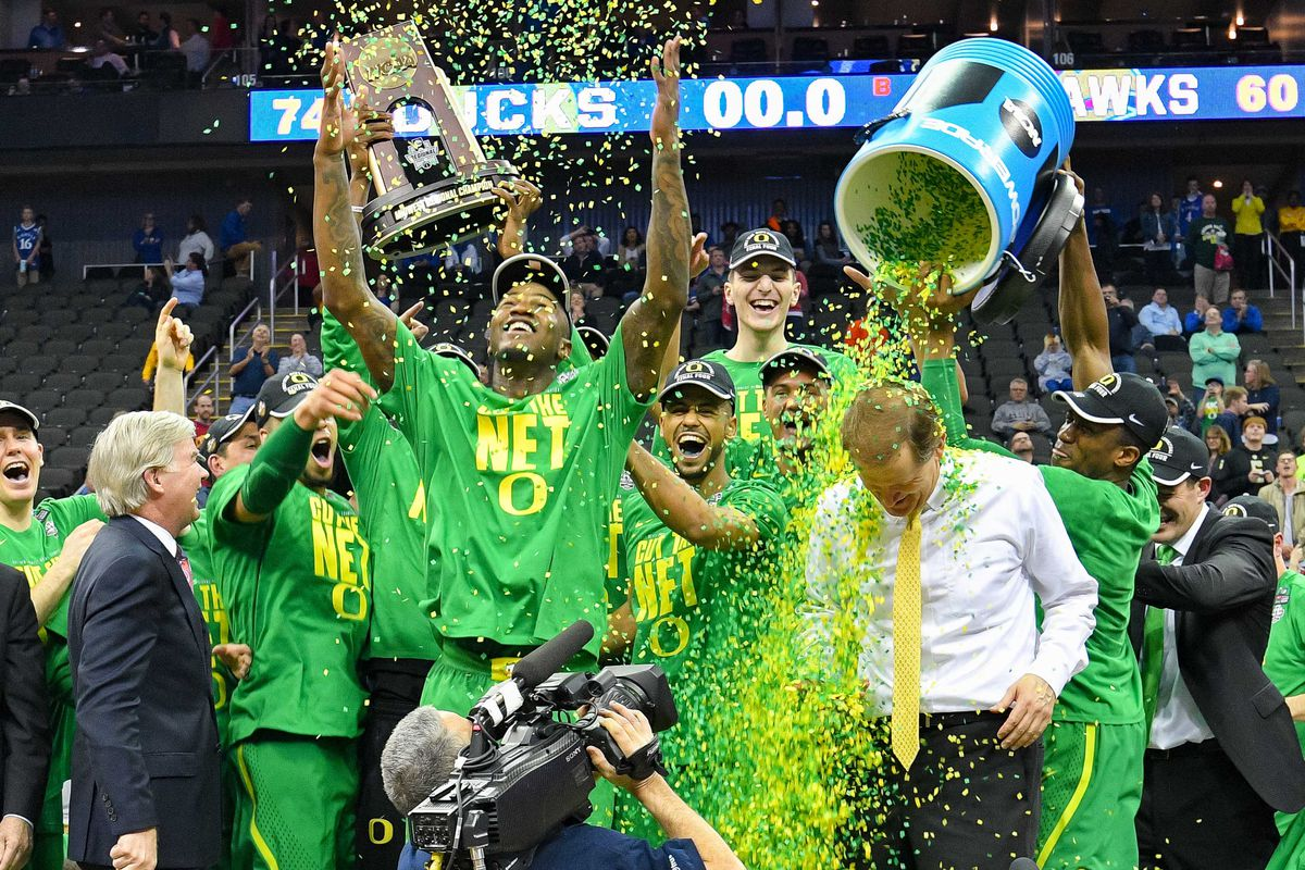 SC and North Carolina advance in NCAA tournament