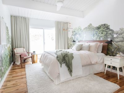 Designer Emily Henderson turns nursery into stylish guest room
