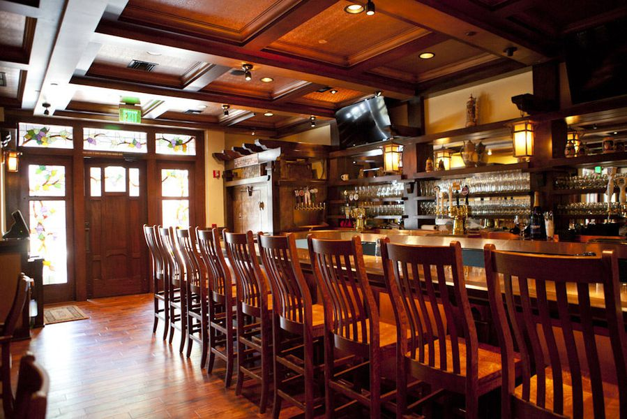 Story Tavern A New Beer Bar And More Serving Burbank