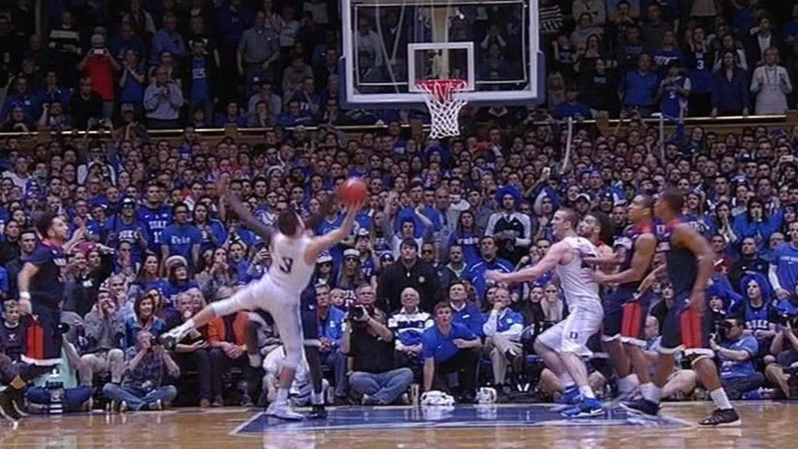 Duke's Grayson Allen blatantly traveled on his game ...